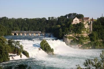 Zum Rheinfall bei Schaffhausen