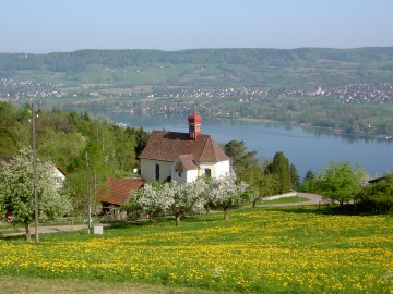 Blick auf die Wallfahrtskirche Klingenzell