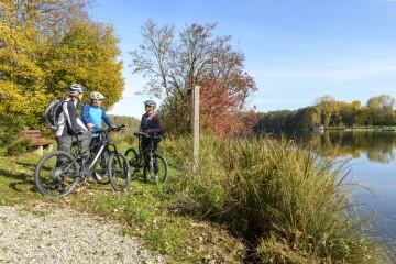 Zeit für Radtouren an goldenen Herbsttagen