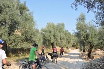 Per Rad die griechischen Inseln erkunden